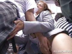 Японская групповуха в поезде